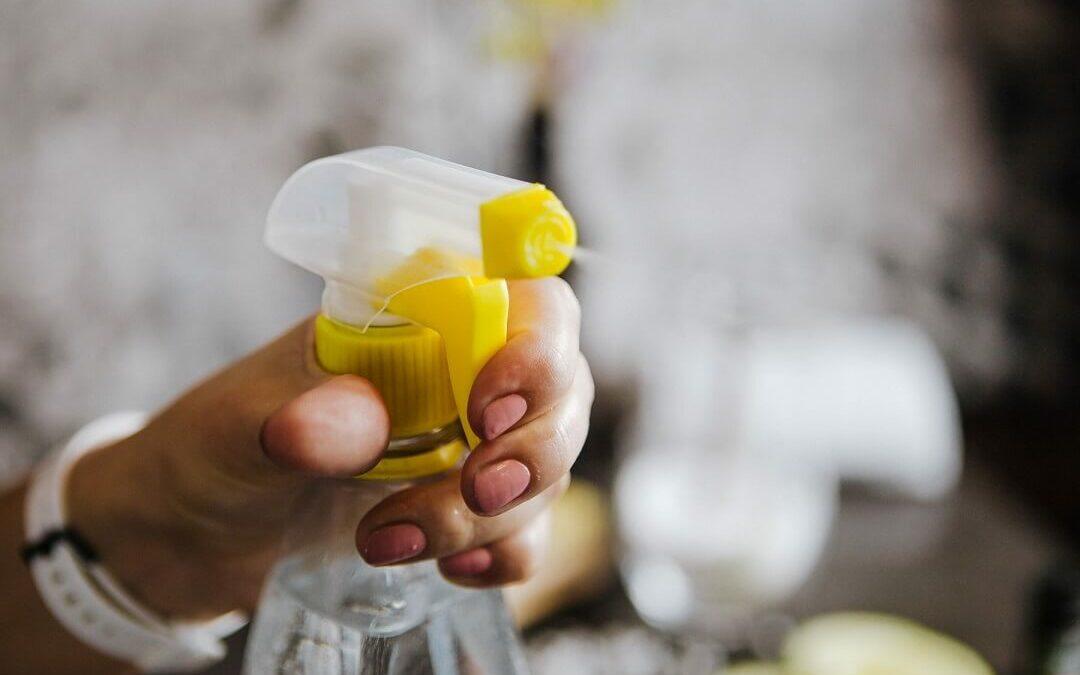 Így készíts környezetbarát univerzális tisztítószert fillérekből!