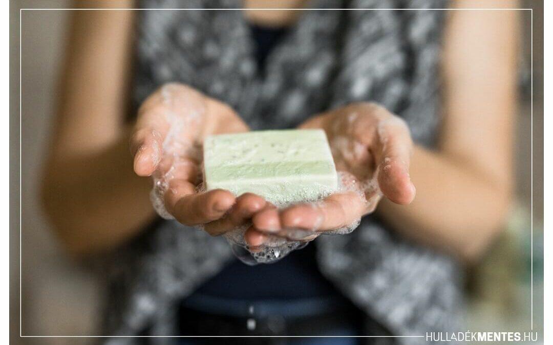 Miért olyan hihetetlenül hatékony az egyszerű szappanos kézmosás a koronavírus ellen?